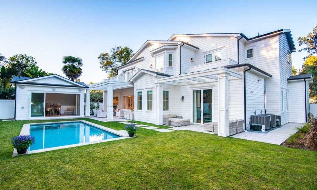 Ex-Tribune Publishing head Justin Dearborn buys Encino estate