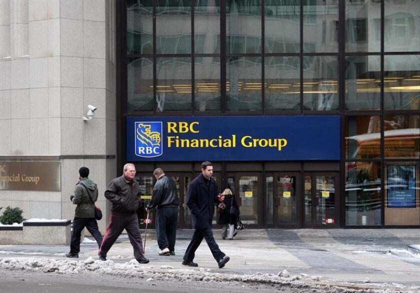 """El Royal Bank of Canada (RBC), el mayor banco de Canadá, expresó hoy su pesimismo sobre la renegociación del Tratado de Libre Comercio de América del Norte (TLCAN) y dijo creer que aumentan las """"probabilidades"""" de que se elimine el acuerdo. EFE/ARCHIVO"""