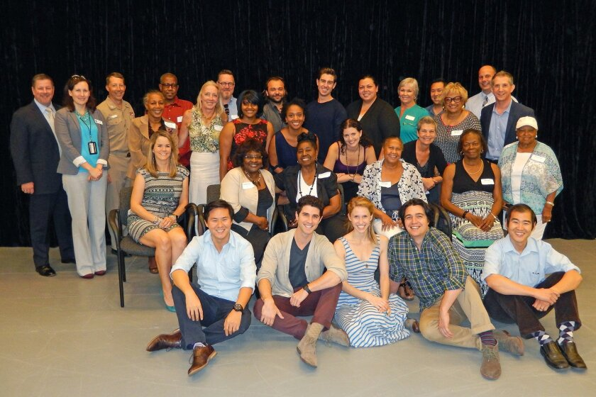 Old Globe Managing Director Michael G. Murphy (back row, far left) and Old Globe Artistic Director Barry Edelstein (back row, far right) with the cast and community partners of the inaugural production of the Globe's new touring program.