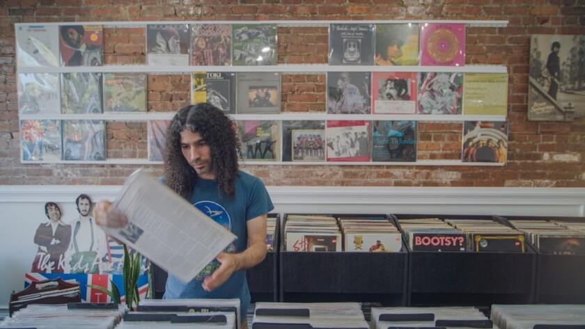 """Alex Rodriguez in """"Record Safari"""""""