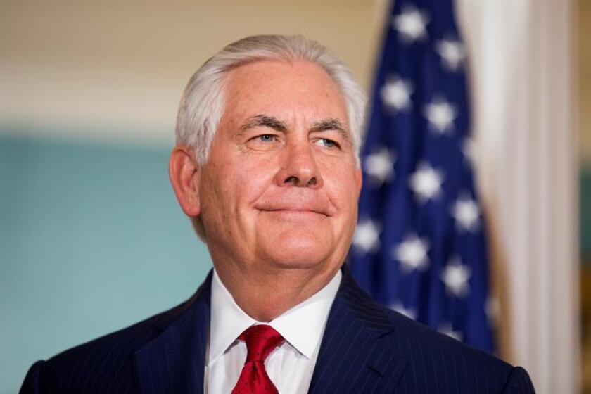 """El secretario de Estado, Rex Tillerson, subrayó hoy que Corea del Norte es """"la amenaza más inmediata"""" para su país y expresó su intención de """"continuar la diplomacia con la esperanza de éxito hasta que caiga la primera bomba"""". EFE/EPA/ARCHIVO"""
