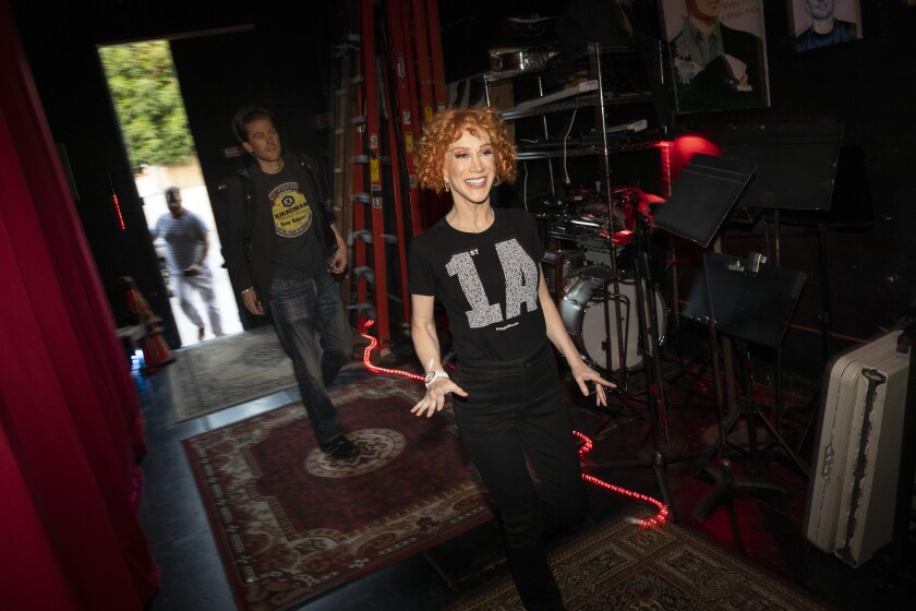 3083998_ca_kathy-griffin-performs_JLC