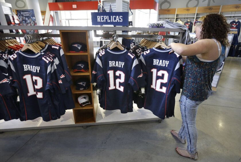 best sneakers 55e80 0b495 Patriots' Tom Brady leads all NFL players in merchandise ...