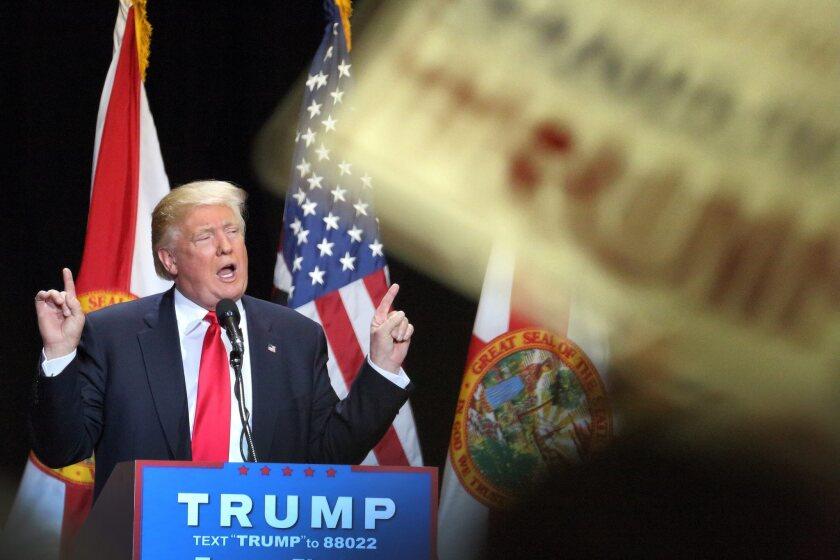 Republican presidential candidate Donald Trump speaks during a rally at Tampa Convention Center in Tampa, Florida, USA on 11 June 2016. (Elecciones, Estados Unidos) EFE/EPA/CRISTOBAL HERRERA