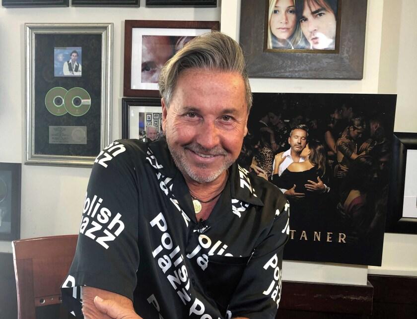 El cantante argentino-venezolano Ricardo Montaner