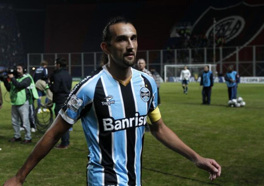 Barcos, de 34 años, llega por primera vez al fútbol colombiano proveniente del brasileño Cruzeiro, donde disputó 24 partidos y anotó tres goles. EFE/Archivo