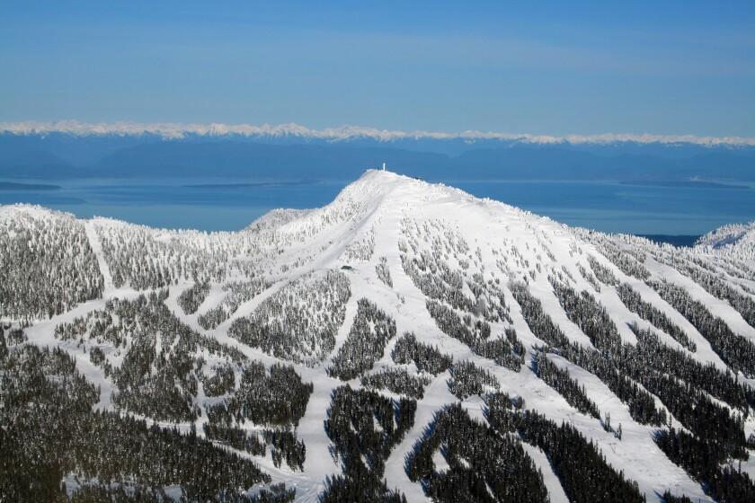 """Esquí en Canadá """"encantado ="""" 840 """"categoría ="""" 560 """"/>   <div class="""