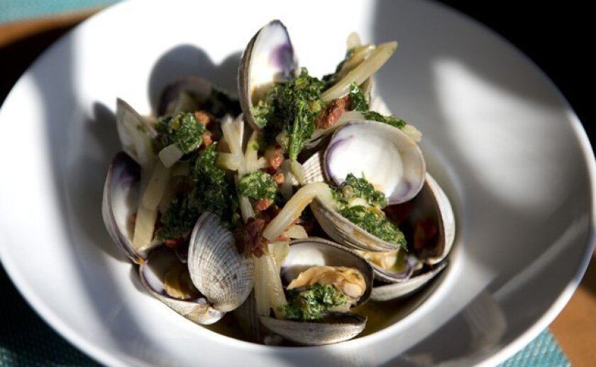 The steamed Venus clams at Table 926.