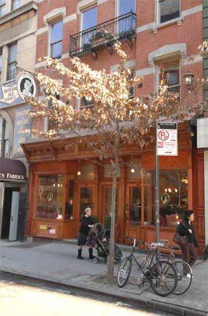 Blue Moon Hotel in Manhattan