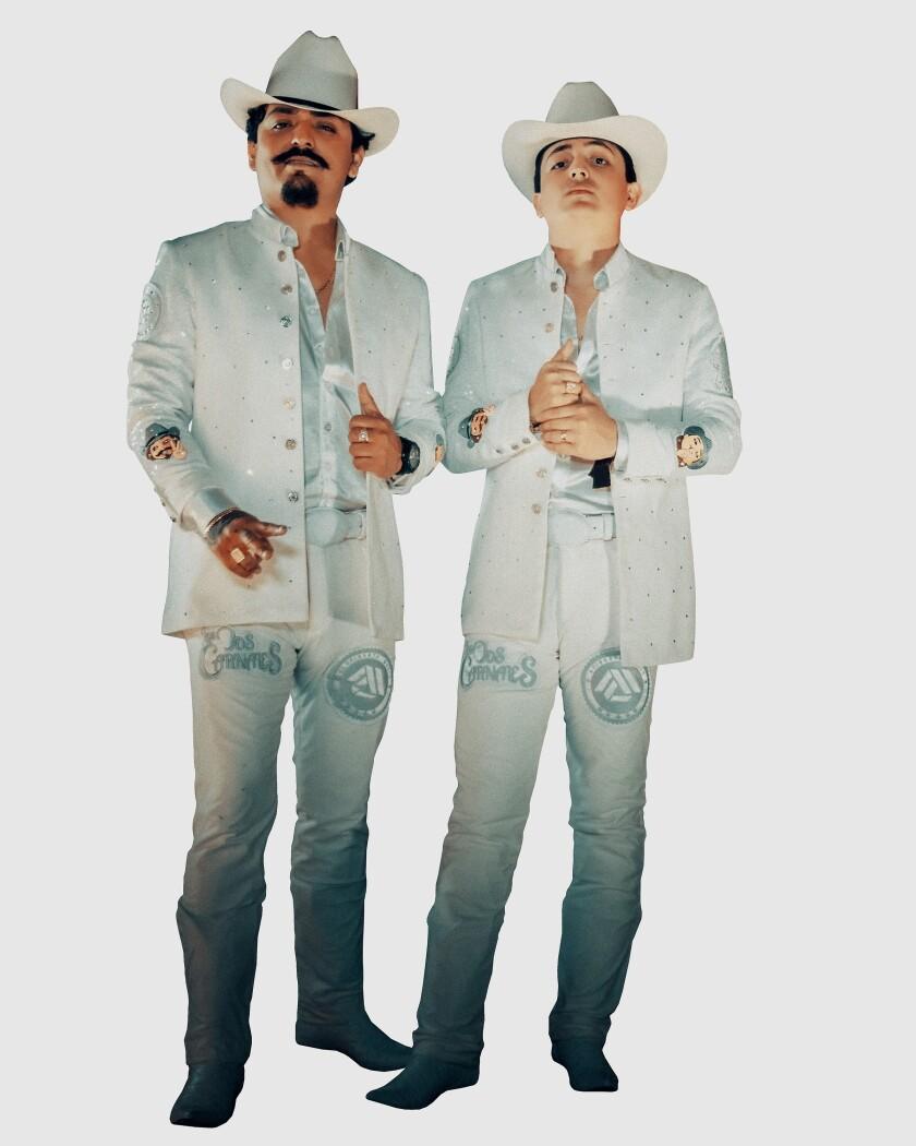 Fotografía cedida por AfinArte Music que muestra a los integrantes del dueto Los Dos Carnales.