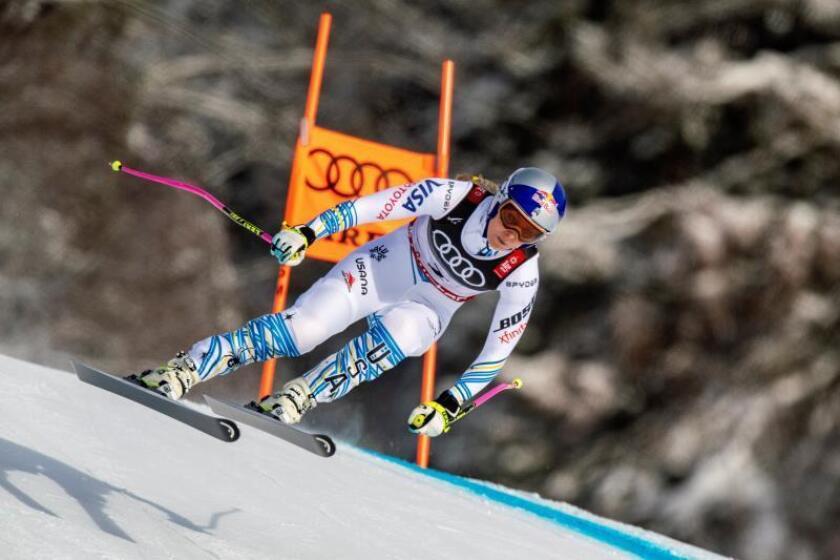 La estadounidense Lindsey Vonn despidió este domingo su carrera como esquiadora profesional con un último éxito, una celebrada y aplaudida medalla de bronce en la prueba de descenso de los Mundiales de Are (Suecia). EFE