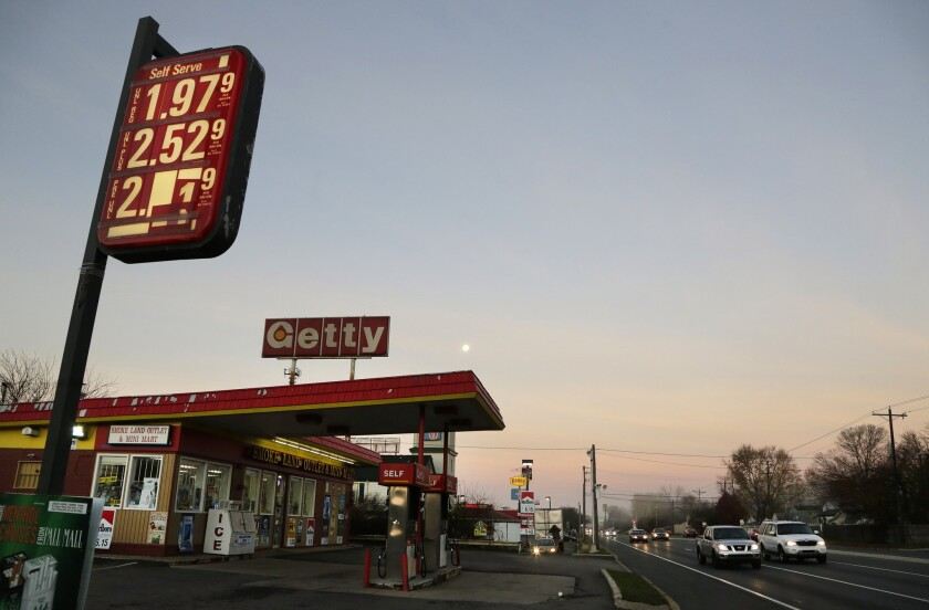 Average U.S. gasoline price falls below $2 for first time since 2009
