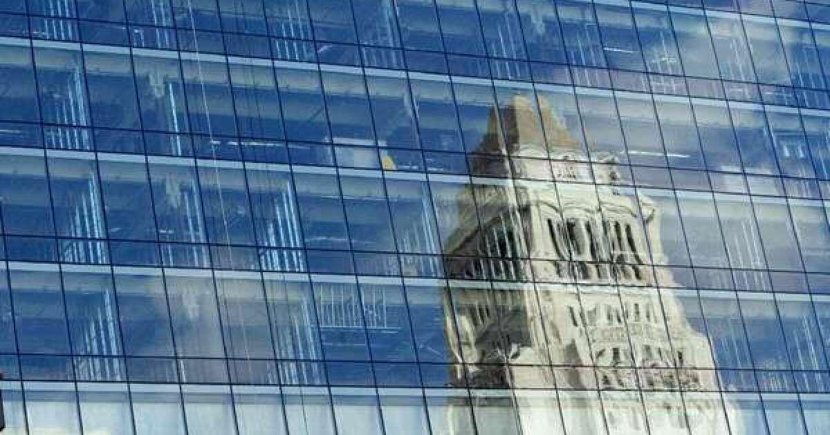Ehemalige L. A. City Hall aide Gesichter $37,500 Strafe für Versagen zu berichten, Lobbyarbeit