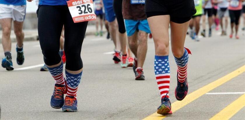 Una mujer que corría por primera vez el Medio Maratón Trail Hog en el condado de Sarasota, en la costa oeste de Florida, se llevó el susto de su vida cuando se extravió durante doce horas, tras perder de vista las marcas indicadoras del recorrido, informó hoy un medio local. EFE/ARCHIVO