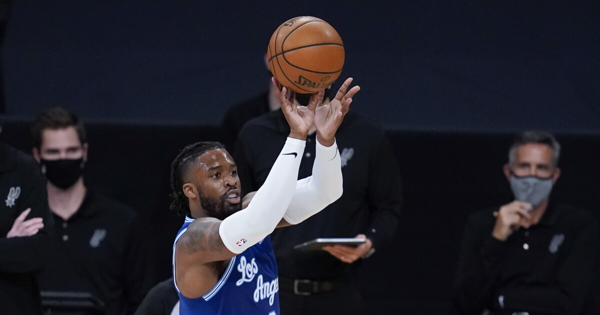 Facing Bucks just another game on long road for Lakers' Wesley Matthews