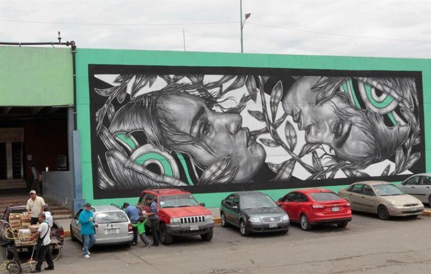 Vista general de un mural hoy, miércoles 20 de junio de 2018, en la Central de Abasto de Ciudad de México (México). EFE