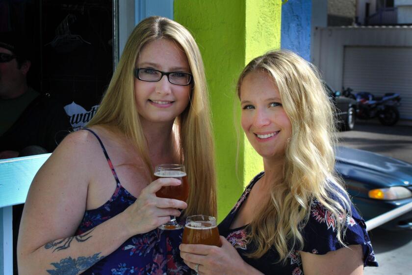 blondes-on-beers-20181228
