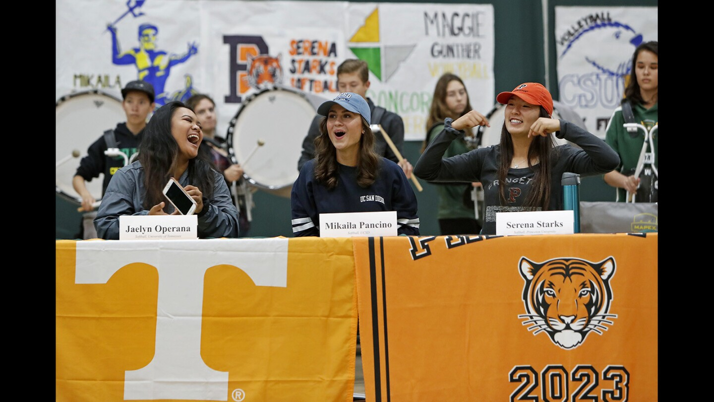 Photo Gallery: National signing day ceremony at Edison
