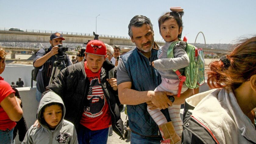 USA continues to receive asylum requests from mothers and children of the migrant caravan, El Chaparral, Mexico - 04 May 2018