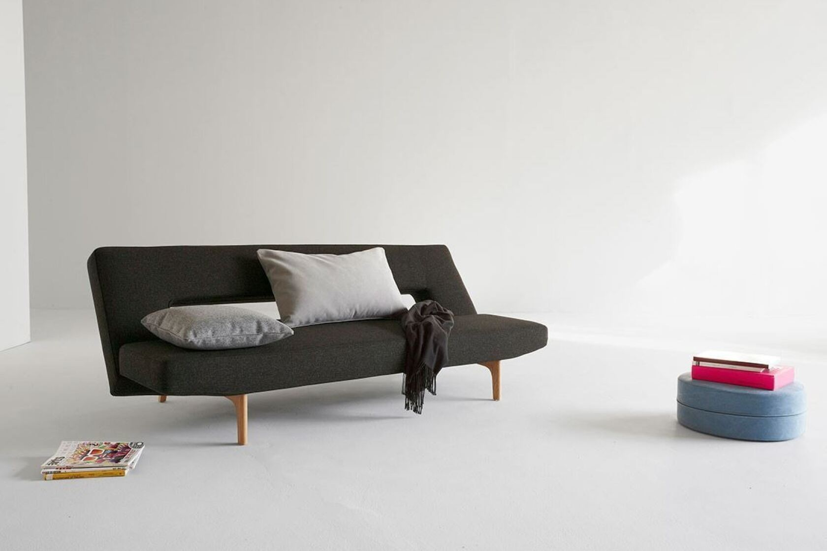 half off 001a7 7e312 11 stylish sleeper sofas that are easy on the eyes -- and ...
