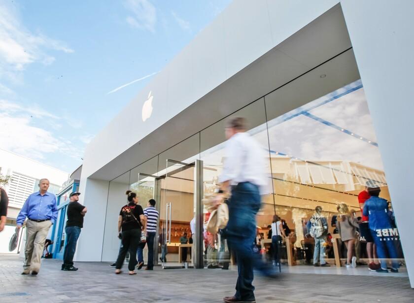 The Apple Store at UTC