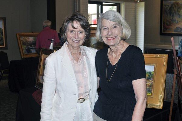 Joan Holmquist, Doris Lindland