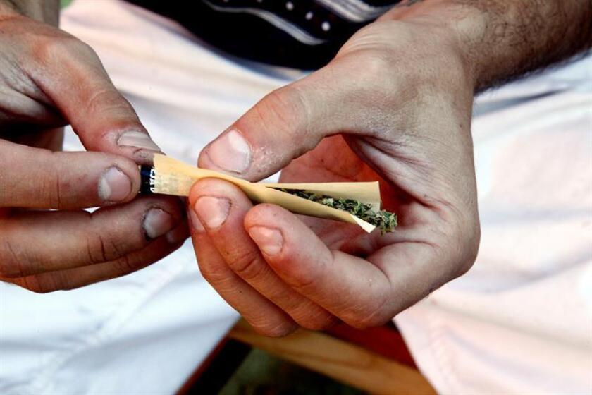 Los consumidores de marihuana en Colorado tendrán descuentos al usar el servicio de vehículos compartidos Lyft, según un acuerdo difundido hoy y que tiene por objetivo de mejorar la seguridad vial en el estado. EFE/ARCHIVO