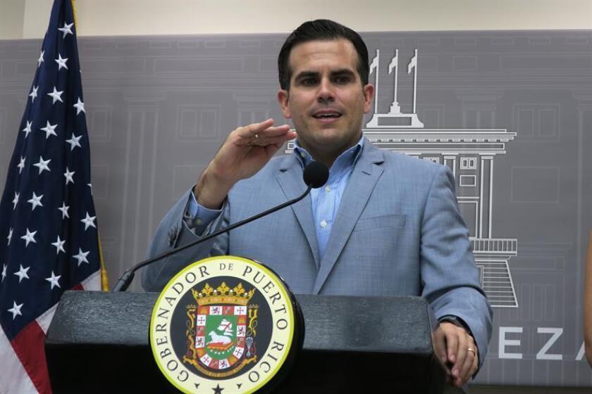 Gobernador Puerto Rico afirma que trabaja duro para restablecer servicio eléctrico
