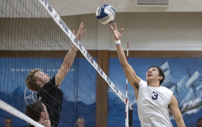 Photo Gallery: Newport Harbor vs. La Jolla in boys' volleyball