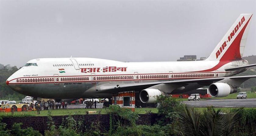 Este nuevo acuerdo que ya está disponible permitirá a Avianca incluir su código en vuelos operados por Air India que cubran la ruta Londres-Delhi-Londres, mientras que la aerolínea india podrá incorporar su código los de Avianca que hacen la ruta Bogotá-Londres-Bogotá. EFE/Archivo
