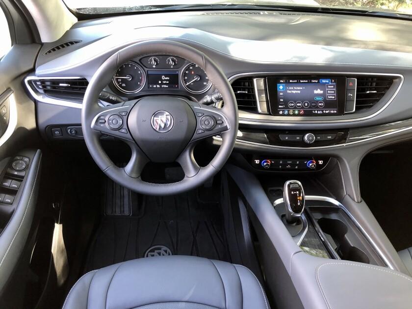 Buick-EnclaveST-MM-DriverArea.jpg
