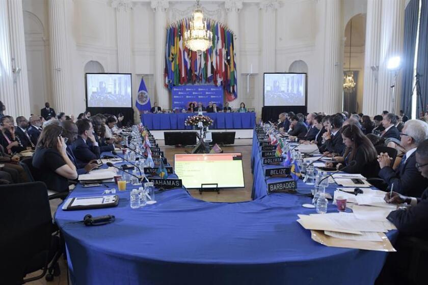 Vista general de los embajadores ante la OEA durante las sesiones de la 70? Asamblea General, el martes 5 de junio de 2018, en la sede del organismo en Washington (Estados Unidos). EFE/Archivo