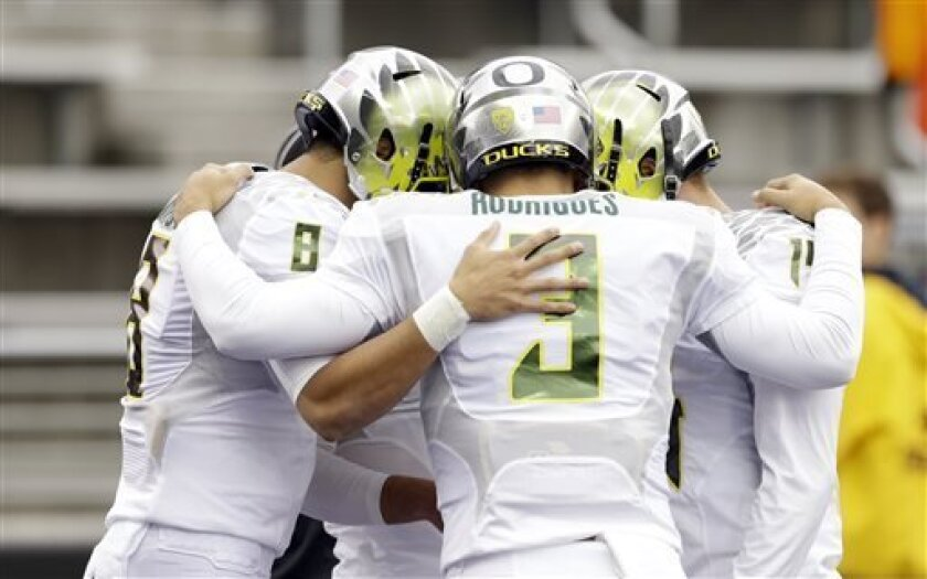 Former Oregon QB Jake Rodrigues, seen here in a game in Seattle in 2013, will transfer to San Diego State this summer.
