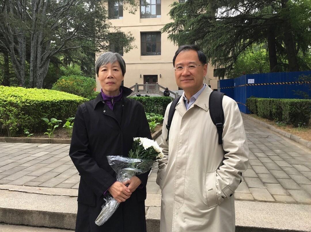 Guo Yuhua and Xu Zhangrun at Tsinghua University on April 28, 2019.