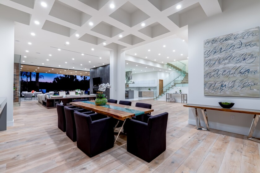 NFL star Antonio Gates lists modern Encino mansion for $7.25 million