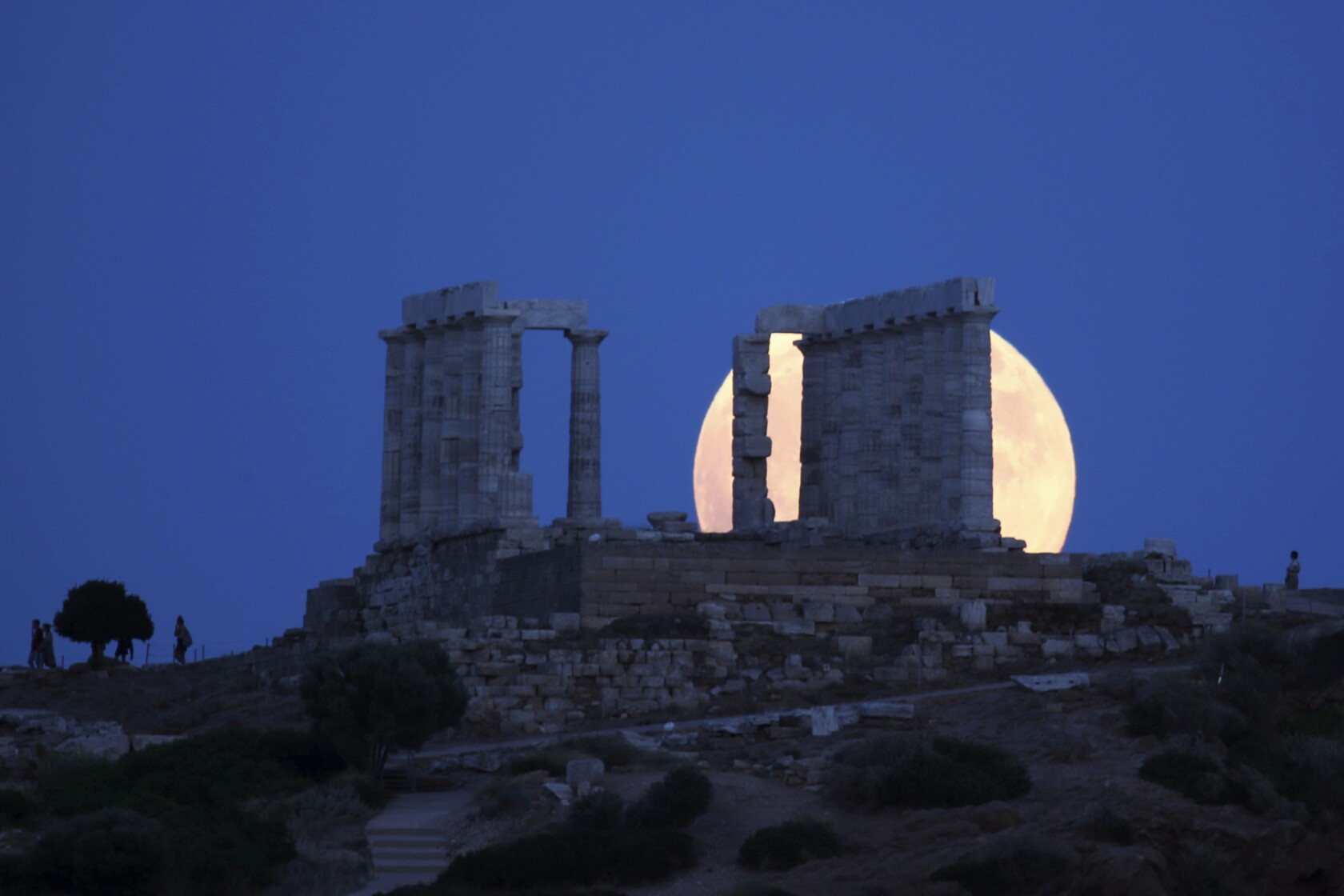 The longest lunar eclipse of the 21st century is coming on Friday: Here's what you need to know