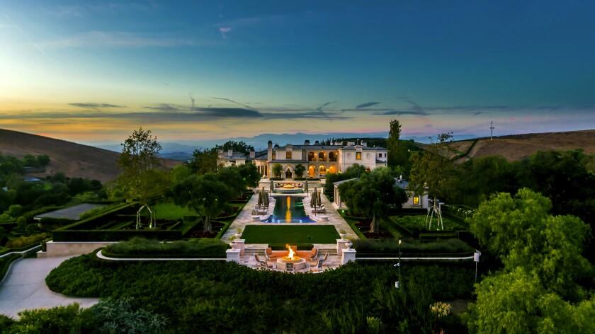Thomas Tull's Thousand Oaks estate