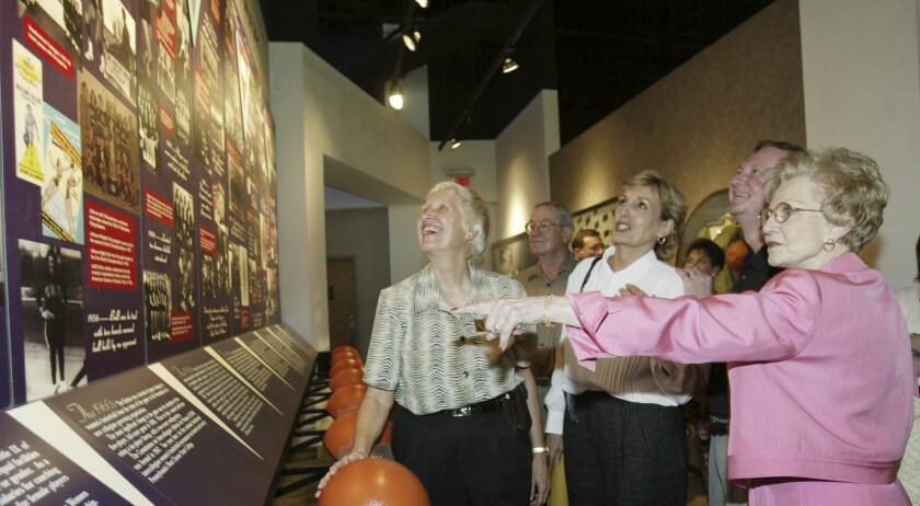 Wilda Redin, Leon Barmore, Doris Rogers, Patsy Neal