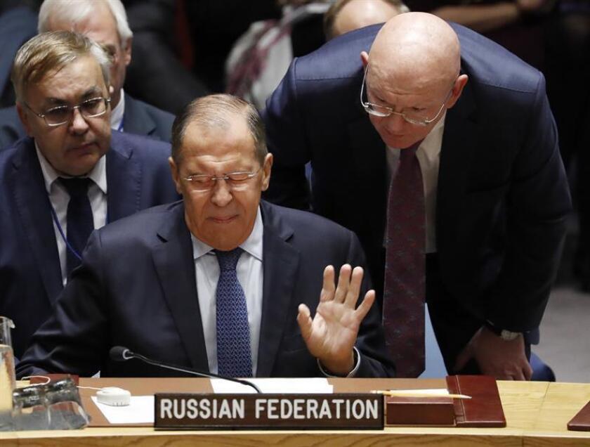 El ministro de Asuntos Exteriores de Rusia, Serguéi Lavrov (c), participa en una reunión del Consejo de Seguridad de la ONU durante el 73 periodo de sesiones de la Asamblea General de Naciones Unidas (ONU), en la sede de la ONU en Nueva York, Estados Unidos, el 27 de septiembre del 2018. EFE