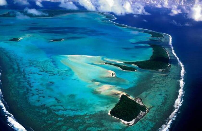 U.S. Secretary of State Hillary Rodham Clinton will visit the Cook Islands to attend a meeting of the Pacific Islands Forum. China will also send a representative.