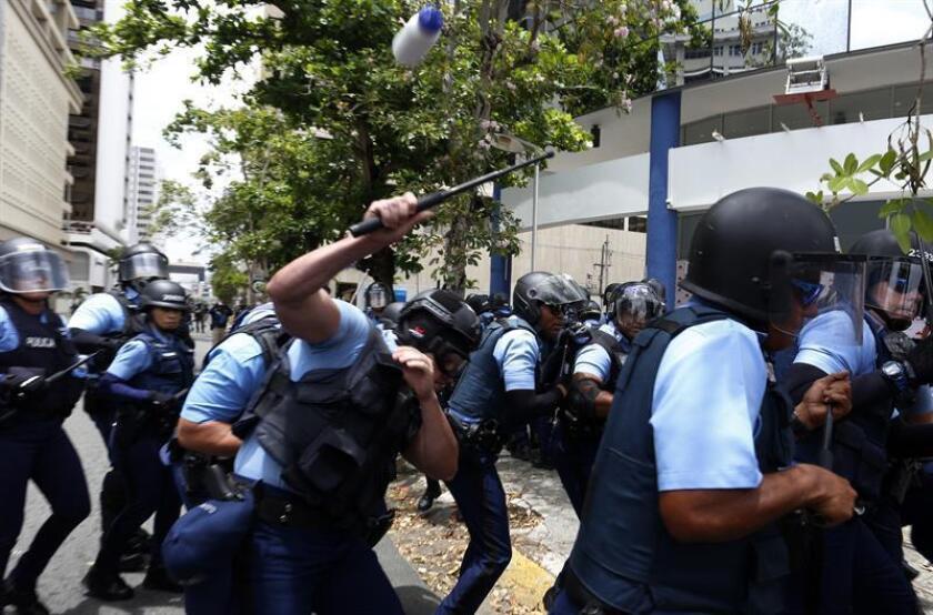 La organización ciudadana sin fines de lucro Kilómetro Cero acaba de crearse en Puerto Rico para impulsar el control al uso de la fuerza por parte de la Policía y para reducir la brecha de poder que facilita los excesos del Estado contra la población, según comunicado de la entidad. EFE/Archivo
