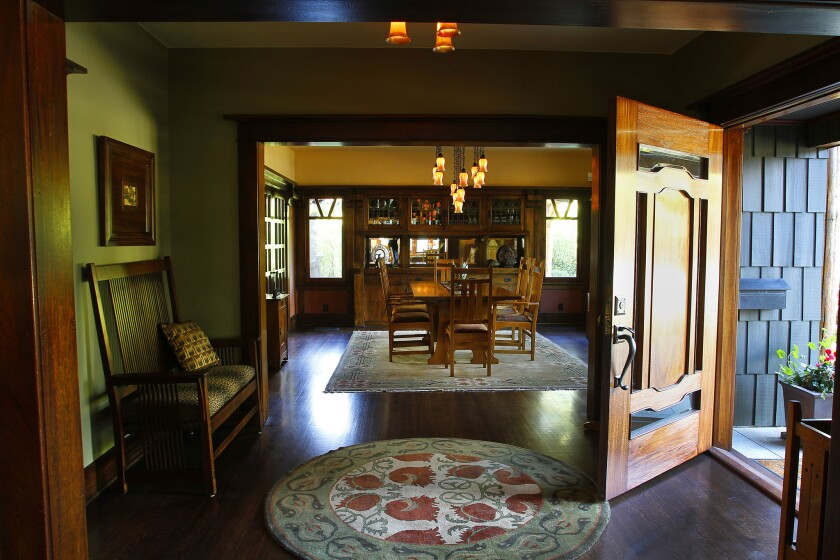 Pasadena Heritage will host a seminar Saturday on how to identify your historic home.