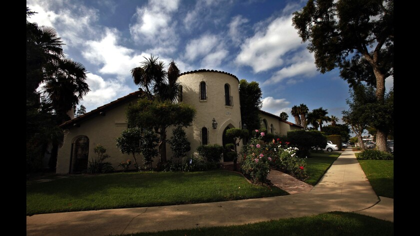 From the street, the Spanish Colonial Revival home of Liz Dennery Sanders and husband Peter Sanders looks much like it would have in 1926. But once inside, the updated interiors feel contemporary and stylish while remaining warm and family-friendly.