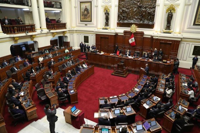 Vista general del Congreso en Lima (Perú). EFE/Archivo