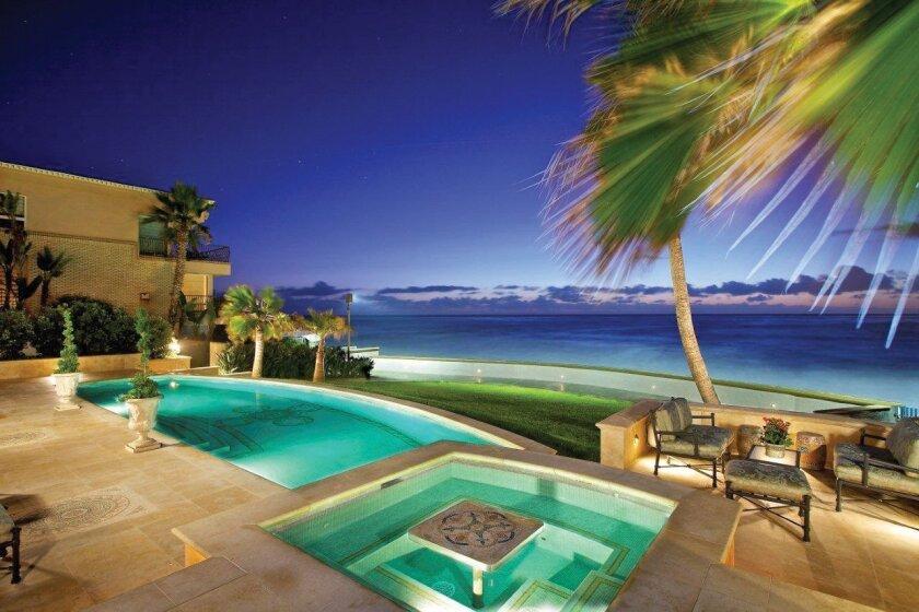 308-Vista-De-La-Playa-pool