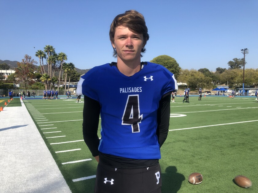 Punter/kicker Tommy Meek of Palisades