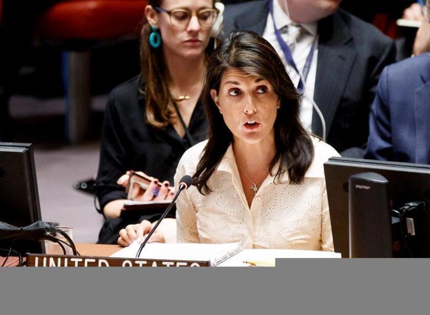 La embajadora ante las Naciones Unidas, Nikki Haley, encabezará la delegación de Estados Unidos para la toma de posesión del presidente electo de Colombia, Iván Duque, el próximo 7 de agosto, informó hoy la Casa Blanca. EFE/ARCHIVO