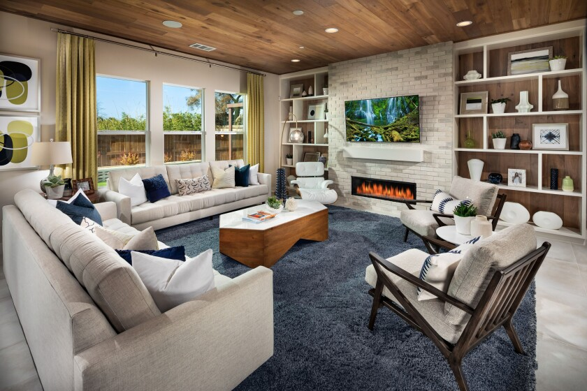 Single-family homes at Alcove in Encinitas feature four and five bedrooms with spacious great rooms and high-end options.