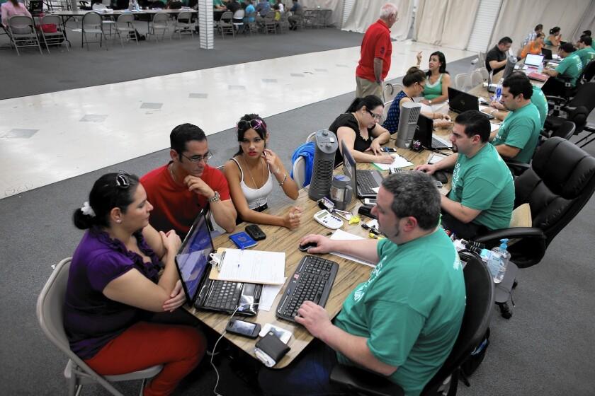 la-afp-getty-deadline-nears-for-enrollment-in-aff-20141213