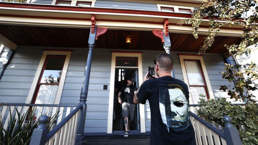 PASADENA, CA-OCTOBER 12, 2018: Daniel Patton, left, of San Francisco, and friend Mat Dedoussis of Ne